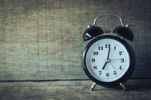 Alarm clock manual close-up